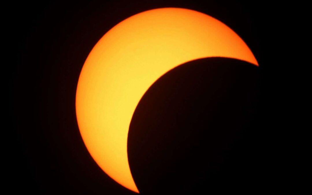 Eclipse solaire partielle 10 juin 11h à 14h